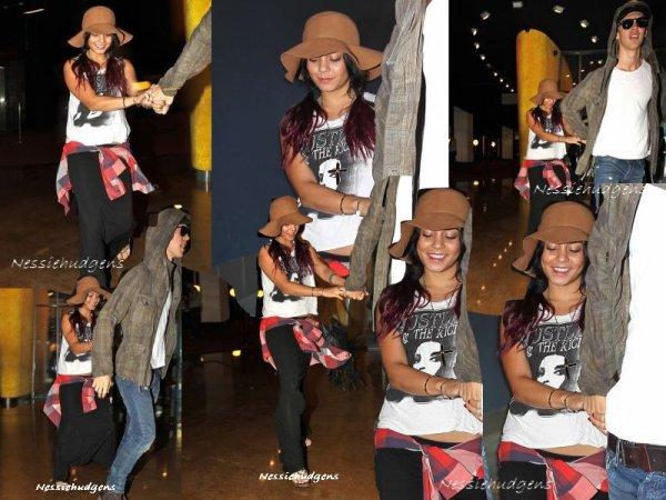 20/07/12 -, Vanessa a été voir le film Batman au cinéma avec Austin dans la soirée ...