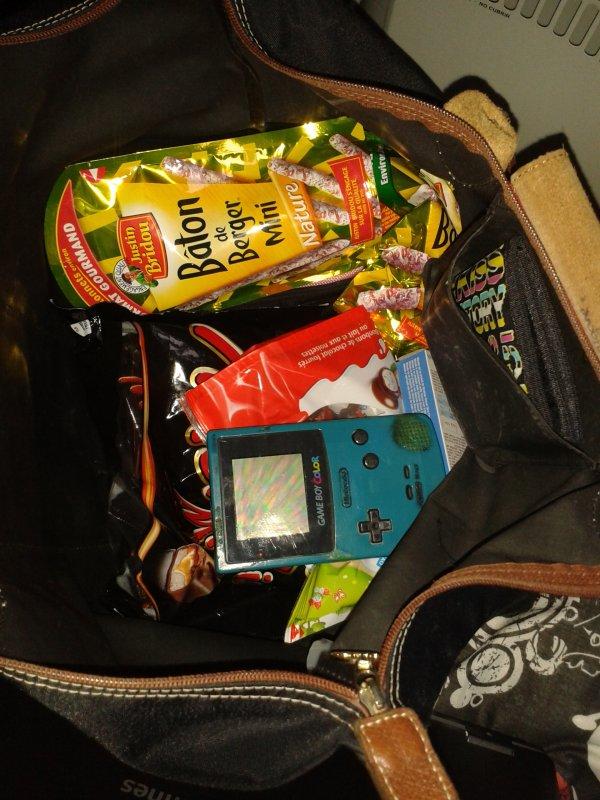 mes affaires pour le voyage ^^