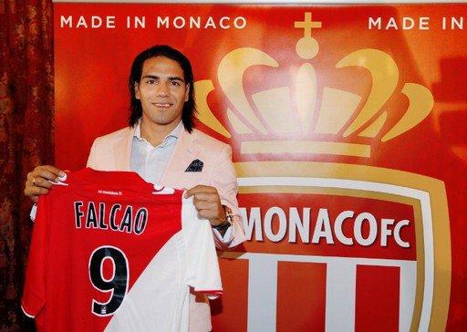 Falcao pour remplacer Benzema ???