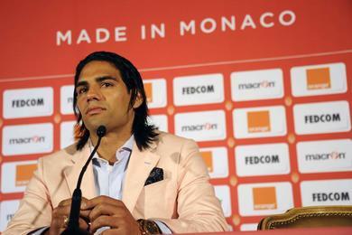 Falcao remplace Benzema ??? Arsenal pour accélérer le dossier ???