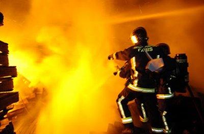 Pompier Lors D'une Extinction