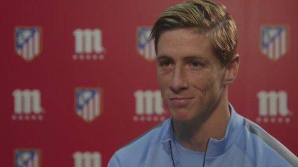 OS 35 <3 Fernando Torres : Je veut que tu restes ... Plus que tout au monde je veut que tu restes... Je t'aime tellement ! Je n'ai jamais connue cela ! C'est tellement fort ! Tellement unique !