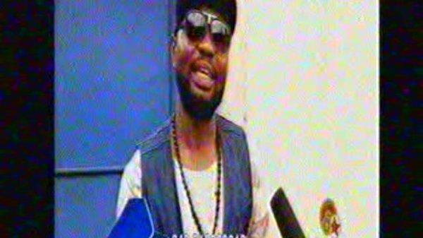 Les musiciens de Kabose soutiennent leur leader