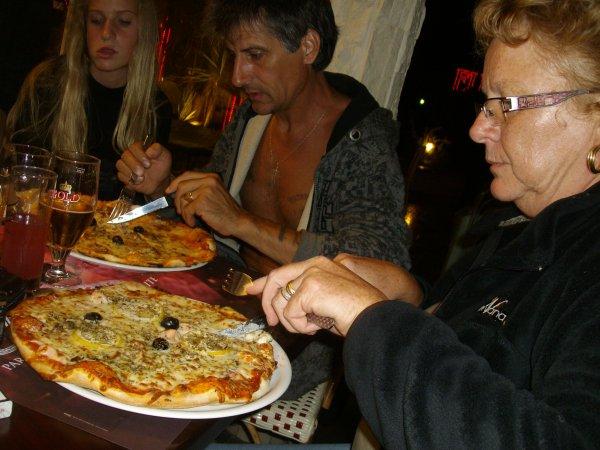 soirée pizza avec Cathy et Eric