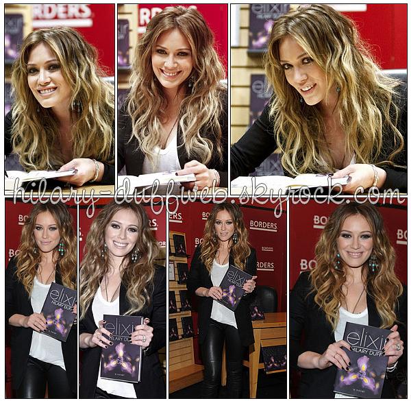 .11 Octobre 2010 (AM) : Hilary sortant du «Today Show» où elle étais invitée pour faire la  promotion de son_ livre nouveau roman  Elixir .   11 Octobre 2010 (PM) - Hilary  était au «Borders Book and Music»  de NY pour signer des autographes pour la promo' de son roman Elixir. .