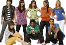 Demi Lovato, Joe Jonas ,Nick Jonas, Jason Jonas ,Tess, Ella , Peggy ,Catlyn,Baron, et Sander.