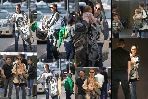 02.12.2018 : Natalie  et ses enfants Amalia et Aleph se sont rendus à l'aéroport de Melbourne en Australie