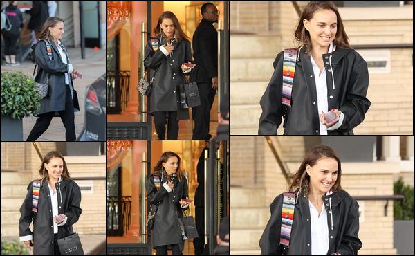 06.12.2018 : Natalie Portman a été vue faisant ses achats de noël dans le magasin  « Barney's » à Beverly Hills