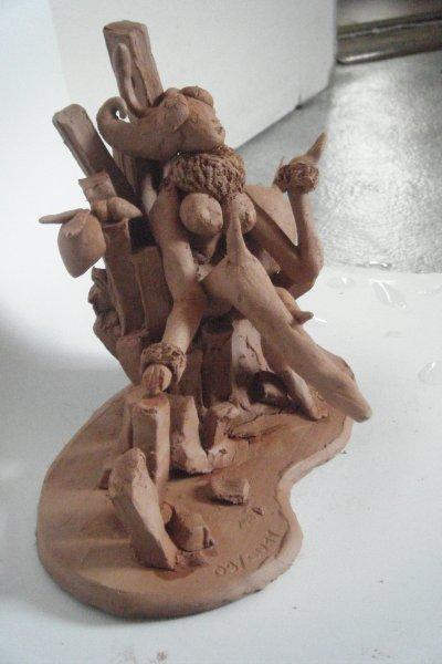Q-bee---Vampire Savior (argile rouge avec modèle+acrylique) 09/2011