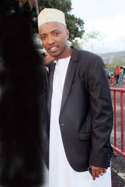 Soprano aux Comores, le jour de la IDE/ 30 08 2011