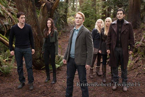 Twilight 5 : La fin du film expliquée par la scénariste && Nikki Reed Au Taquet Pour Une Éventuelle Suite