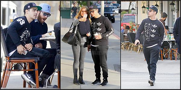 . Joe Jonas||Il a été vu avec des amis dans Berverly Hills à L.A, Californie. || 15/01/16 .