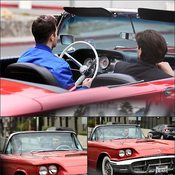. Joe Jonas||Il a été vu dans sa voiture avec un ami dans les rues de Los Angeles.|| 18/01/16 .