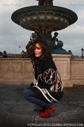 ● Cap Amel Bent @ Place de la Concorde by Christophe Capman 3/5 ● (06.11.11)