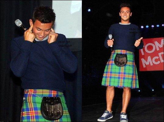 09.09.2013 - Tom était a Glasgow. Il est l'ambassadeur des XX° jeux des Commonwealth (PARTIE 1).