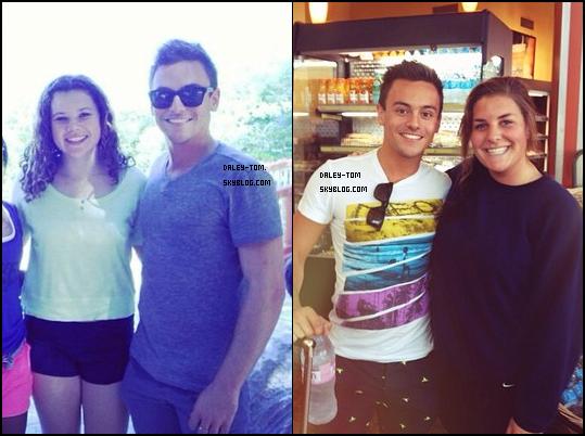 16.10.2013 - Découvre des photos de Tom avec des fans.