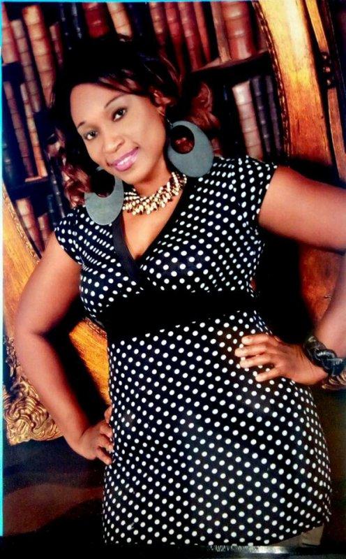 SEMAH (Personnage Public) Artiste Chanteuse-Auteur compositrice-Interprête -Parolière -Designer-Auteur Actrice de cinéma. Sa carrière  Musicale de SEMAH démarre en 2006 avec son Album Amore qui signifie (Amoure) depuis lors elle fait sortir des tubes qui carton partout en Afrique et en france.Elle vit en Europe. SEMAH est sollicitée dans les festivals-concerts- galas . SEMAH a crainte de Dieu  ,elle adore les enfants.au point qu'elle aide beaucoup les enfants de la rue -les orphelins- les veuves et les artistes. Puisse qu 'elle à sa propre maison de Production en Côte d'Ivoire (SEMAH PROD.) Voir SEMAH sur scène c'est avoir une note de joie de satisfaction et d'amour pour son prochain  dans le coeur. SEMAH chante vraie- juste- sa voix envoûtante nous remet en cause positivement parlant. Elle sème la paix -l'Amour partout ou elle chante. A decouvrir Absolument