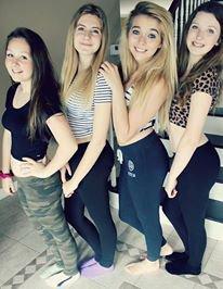 Marie, Lucie, Mwa et Amelia <3