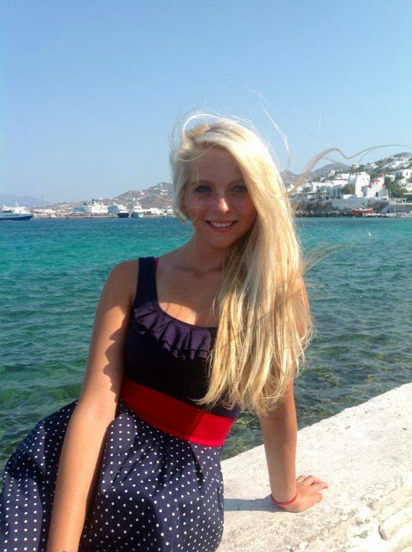 Mes vacances en Gréce avec mes parents, mes cousins et mon frère <3 Sans oublier : Ma futur pette soeur <3