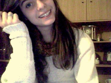 Porque más de lo que te llego a querer,no puedo. ♥