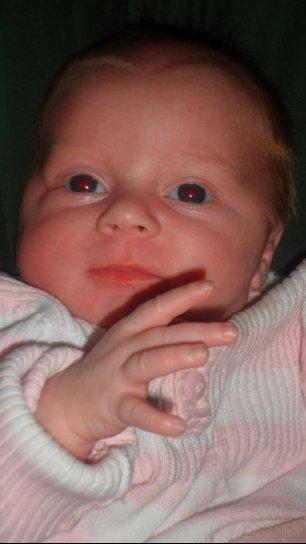 ma fille jade de deux mois