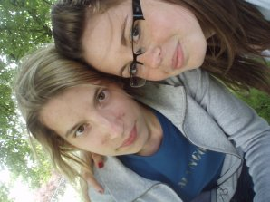 Une amitié plus qu'extraordinaire , Hélène Nonnon ! <3