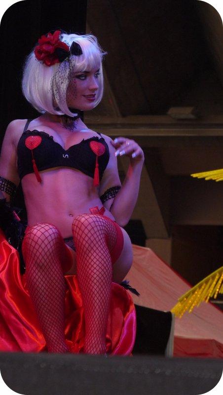 salon Erotica.