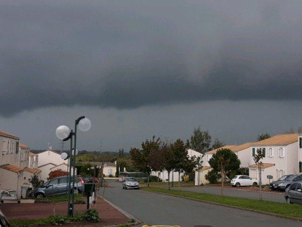 Arrivé de l'orage Rochefort sur mer 14/10/2019
