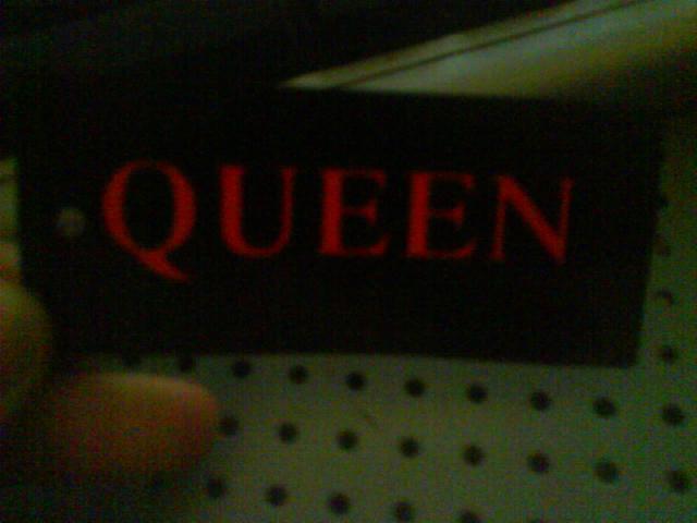 ..::[ AnonymOus Queen =) ]::..