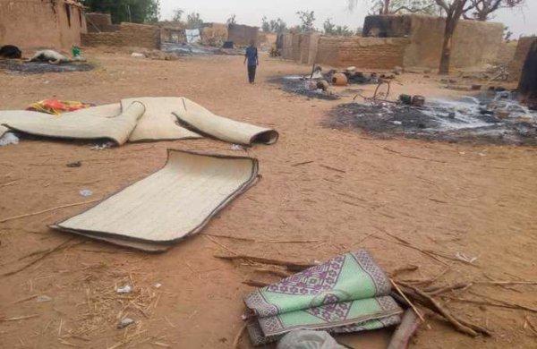 Mali : ce que l'on sait du massacre d'au moins 130 habitants d'un village peuhl