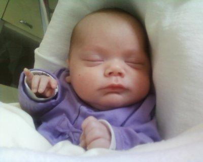 ma petite poupée avant de rentree a la maison