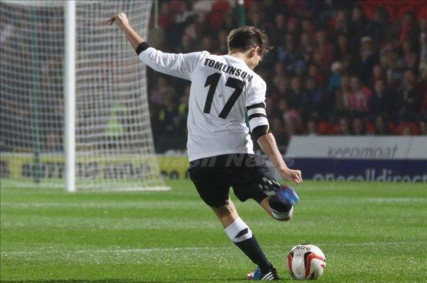 Louis, au foot :)