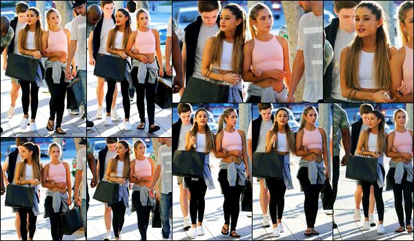 04.10.2014 ─ Ariana Grande a été photographiée, pendant, qu'elle faisait du shopping, étant, à Los Angeles, CA.La belle Ariana Grande était en compagnie de Sascha West et de Jones Crow. C'est dans une tenue toute simple qu'elle est apparue, sa tenue est un top