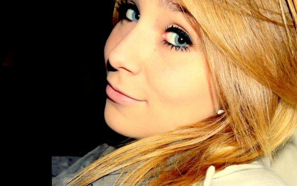 J'ai trop dit de Je t'aime non mérité, de Je t'aime qui ont fini par me blesser.
