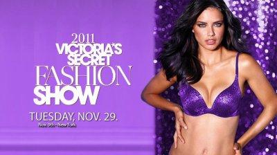 Vidéo Adriana Lima + Affiche Victoria's secret Fashion Show avec Adriana Lima et Katarina Ivanoska Nouvel Ange de Victoria's Secret