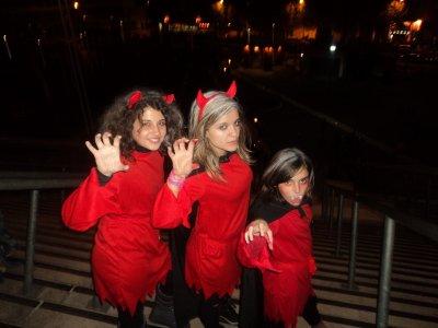 Halloween ( ;