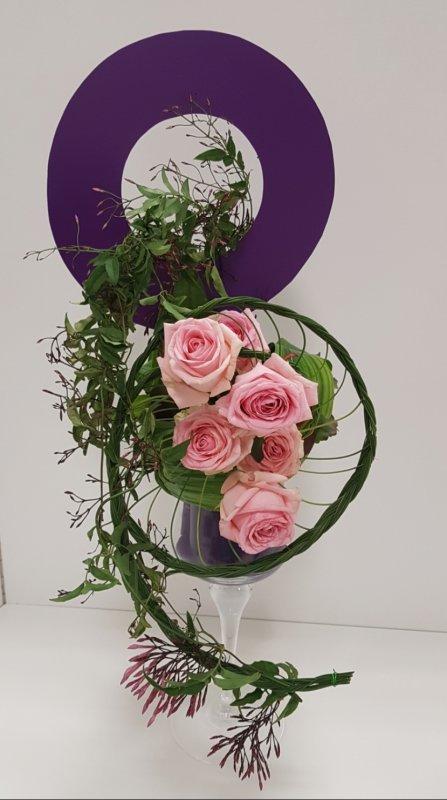MA COMPOSITION réalisée au concours de Colomars en fleurs imposées 2ème prix