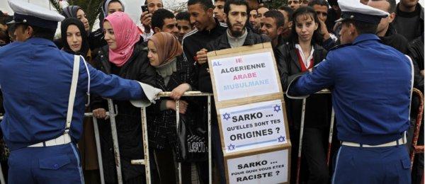 Voila le genre de crétin que l'on peut trouver en Algérie