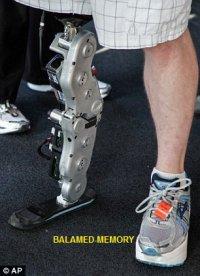Un homme monte les 103 étages d'un immeuble grâce à sa prothèse bionique