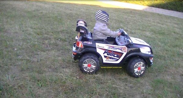 Anthony Avec sa voiture Electrique en Decembre 2012