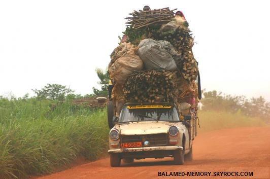 HUMOUR DE LA SEMAINE  : Peugeot pleine à craquer