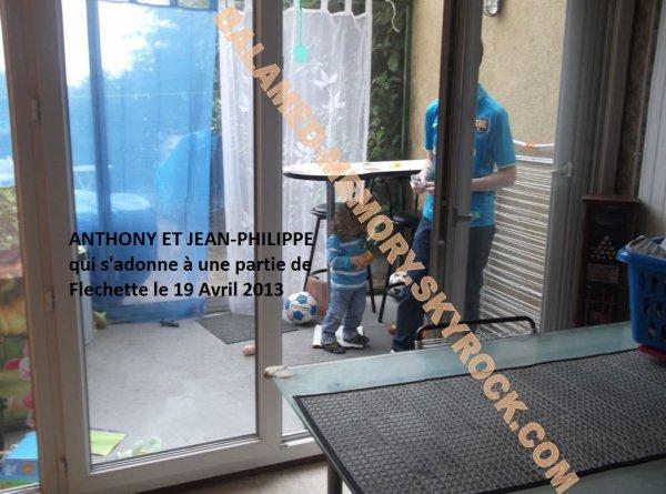 PERSO DE LA SEMAINE : Anthony & Jean-Philippe pour une partie de flèchette