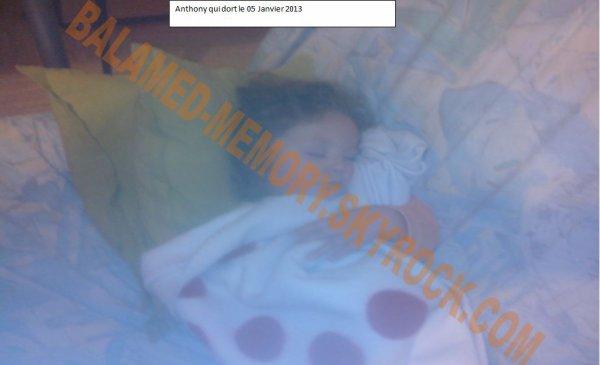 2013 01 05 Anthony qui dort