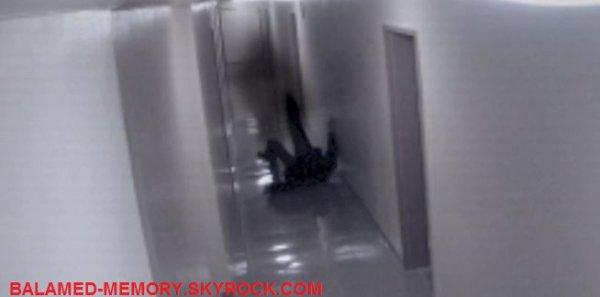 FANTÔME/PARANORMALE/SOCIÉTÉ : Un homme attaqué par un fantôme?!