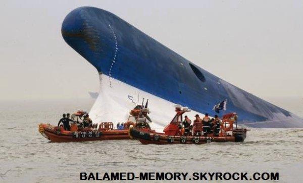 Actualités/Fait divers : Ferry coréen : inconscients du danger, ils plaisantent à propos du Titanic alors que le navire est en train de chavirer