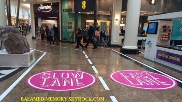 INFO-INSOLITE : Un centre commercial anglais instaure une voie rapide pour le shopping