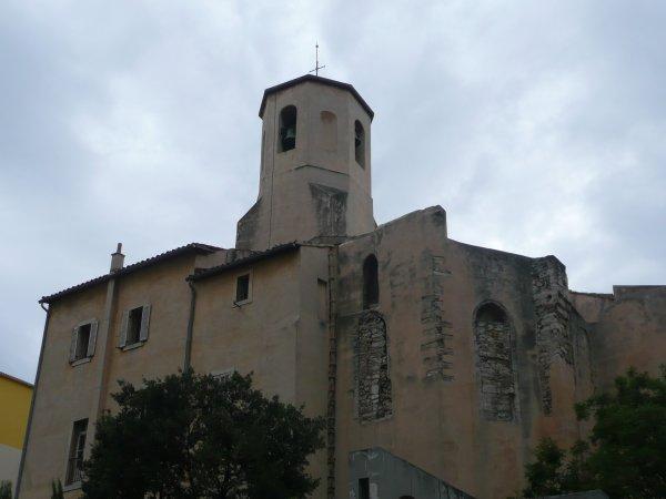 arrière de l'église des Carmes rue des Grands Carmes photo marseillepassion du 23 sept 2010