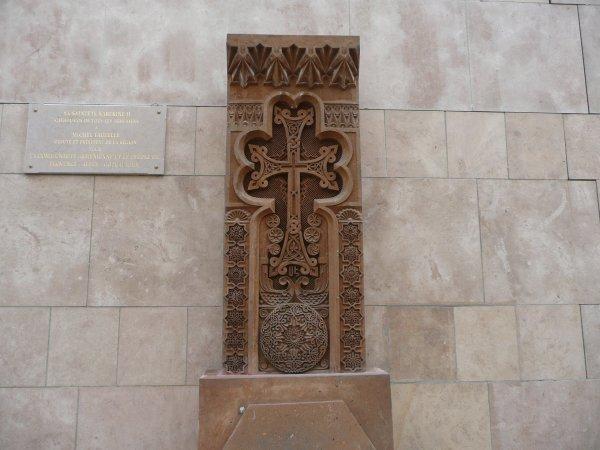 rue Ste Barbe, stelle en l'honneur de la communauté arménienne   photo marseillepassion du 23 sept 2010