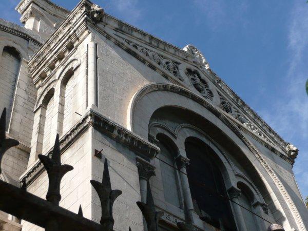 Eglise St Martin d'Arenc.   Photo marseillepassion du 20 sept 2010