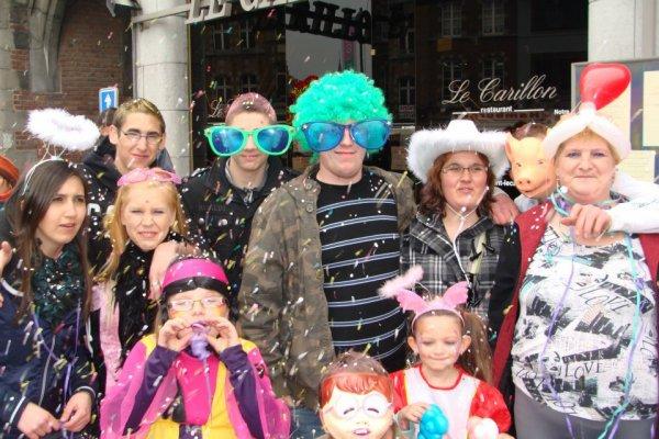 vive le carnaval ..... :) :) :) :)